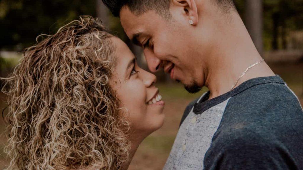 parejas jovenes, los celos en parejas jovenes, que vuestra relación no decaiga, como hacer que funcione la relacion, relacion entre jovenes como conseguir que funcione